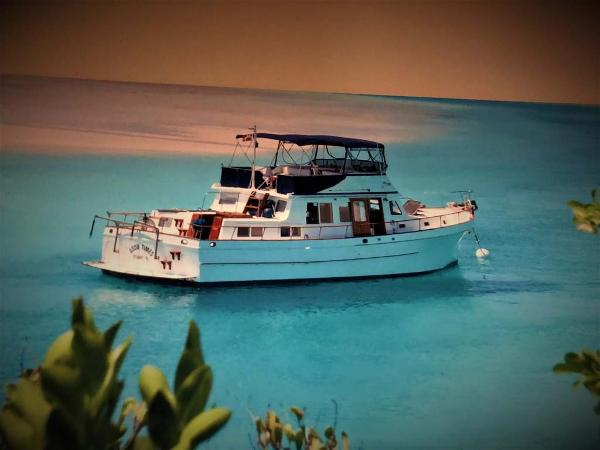 Marine Trader Double Cabin Island Time Profile