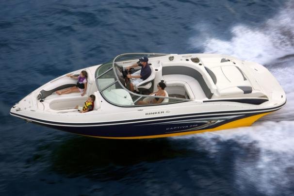 Rinker 246 Captiva Bowrider Manufacturer Provided Image