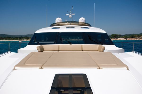 Foredeck Seating and Sunpad