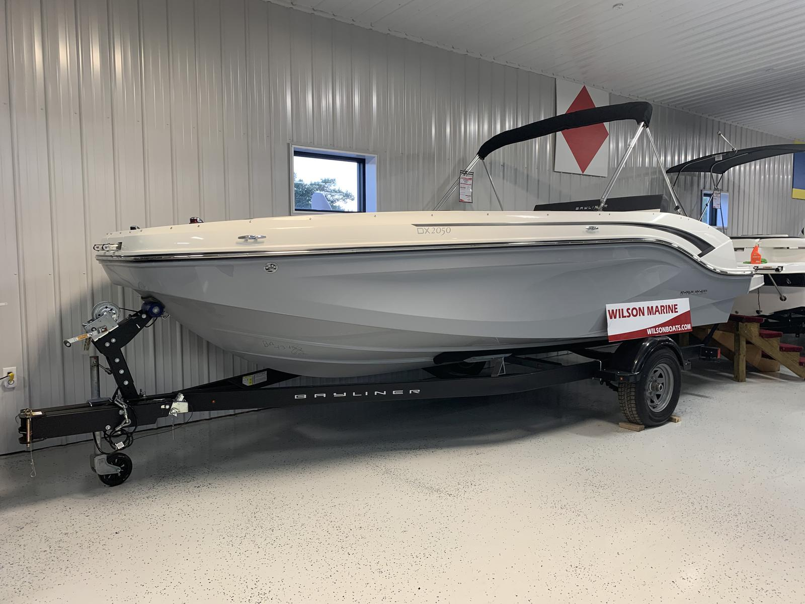 Bayliner DX2050