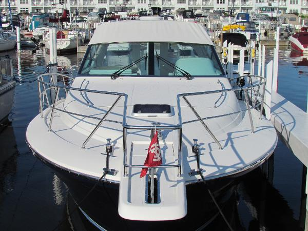 Uniesse 42 Open Bow