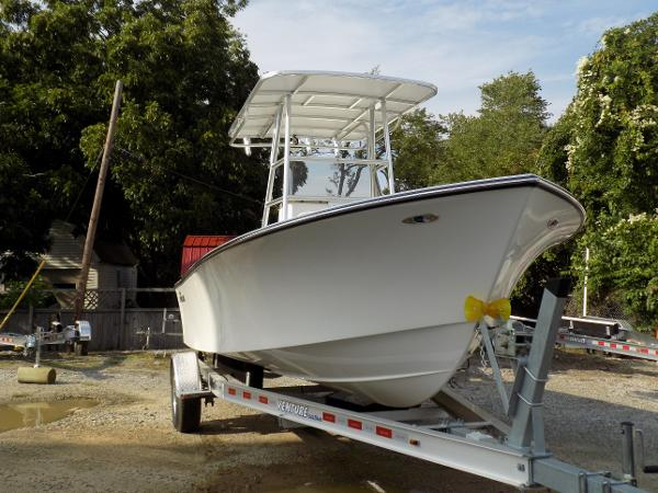 May-Craft --Parker--Jones Brothers 20 Center Console