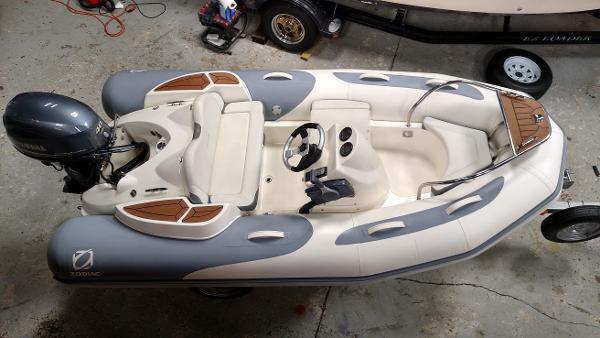 Zodiac Yachtline 340DL