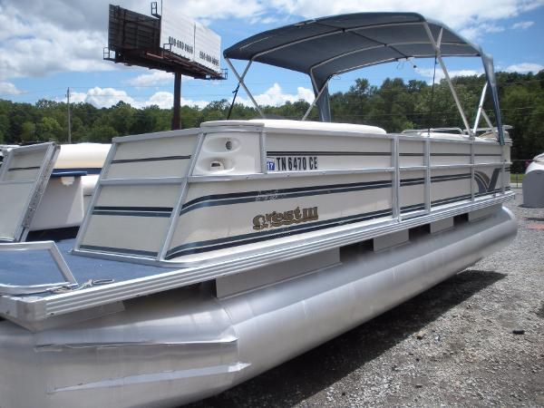 Crest Iii Pontoon Boats   New and Used Boats for Sale