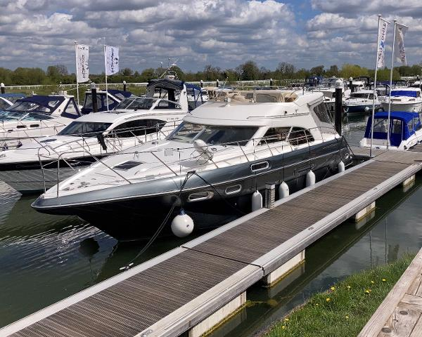 Sealine 410 Statesman Sealine 410 Statesman Racecourse Marina Tingdene Boat Sales Ltd