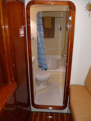 Forward Port Stateroom Ensuite Bath