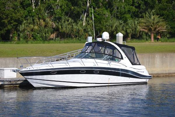 Four Winns 348 Vista Profile