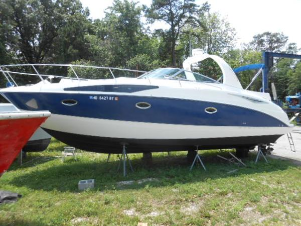 Bayliner 325 Port View
