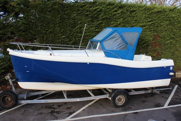 Landau Boat Co 20 Walkaround