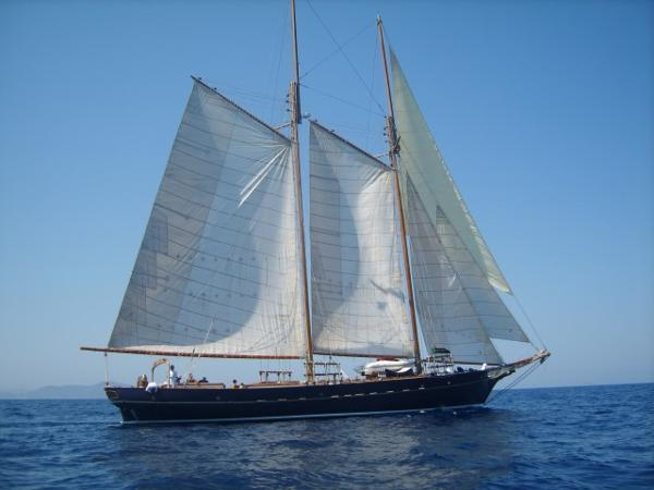 Custom Metur Yacht 24m