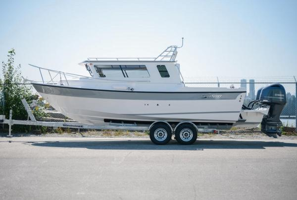 SeaSport Explorer 2400
