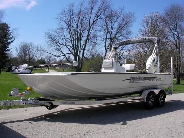 SeaArk BX220