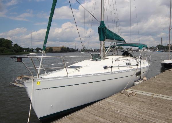 Beneteau Oceanis 351