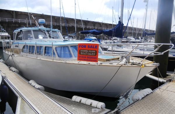 Cox & Hassel TSMY Boat