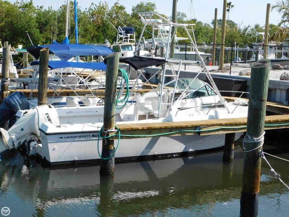 Grady-White 240 Offshore 1987 Grady-White Offshore 240 for sale in Ft Pierce, FL