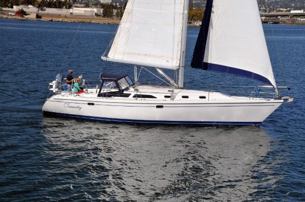 Catalina 42 MkII Elegant Cruising Profile