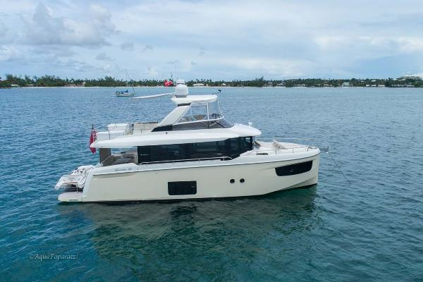 Absolute 52 Navetta Profile