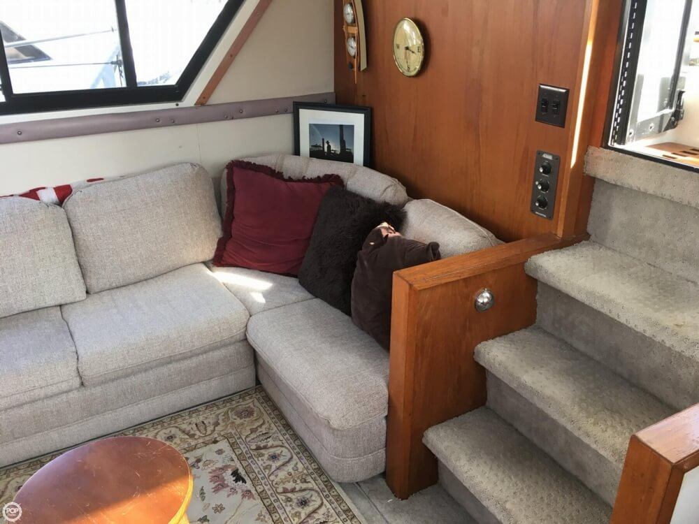 Carver 3807 Aft Cabin Motoryacht 1988 Carver 3807 AC for sale in Branford, CT