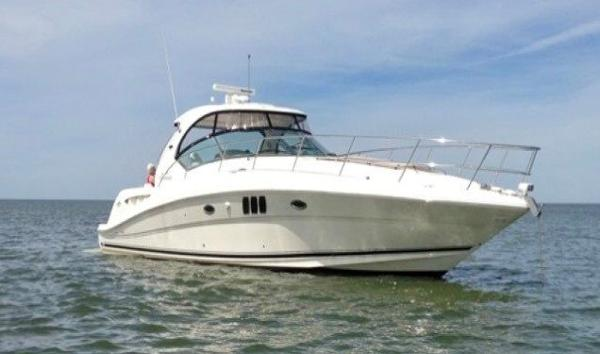 Sea Ray 44 Sundancer  BOTTSPOT