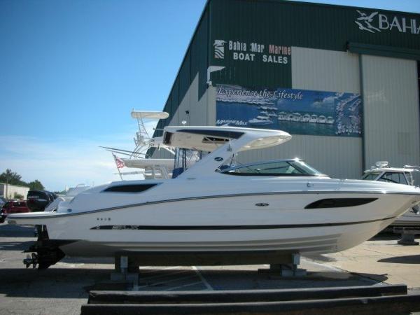 Sea Ray 350 SELECT