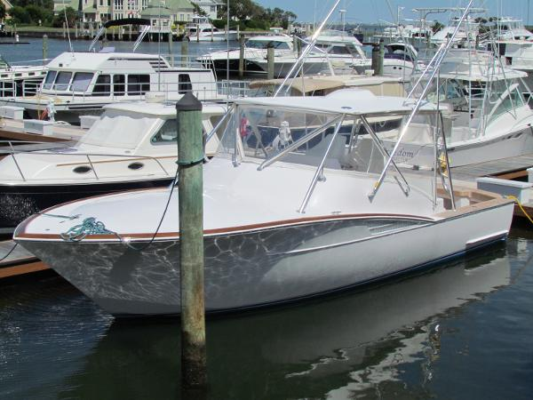 Legend Custom Carolina RECENT BUILD COMPLETION-NEW ENGINE WARRANTIES-44KT BOAT
