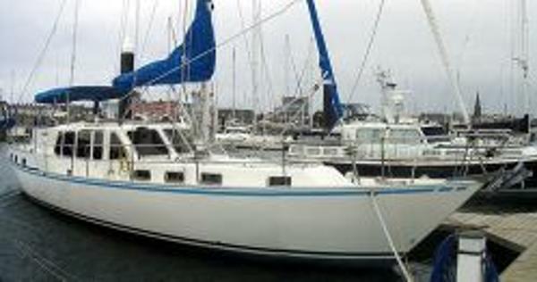 Celestial 50 - Starboard Bow