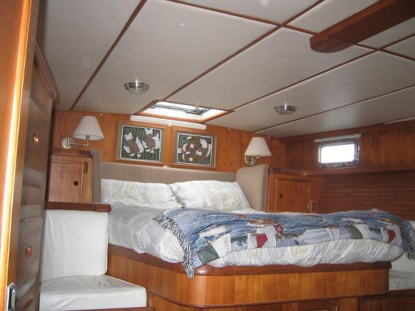 Celestial 50 - Owner's Cabin at berth level