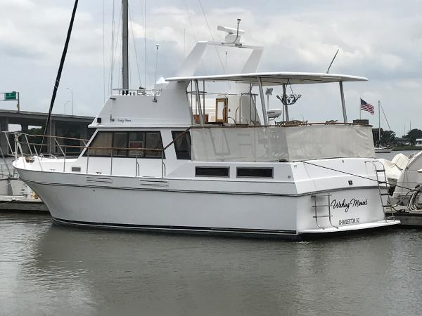 Californian 38 Aft Cabin Diesel MY Portside profile