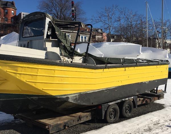 Commercial 24' Workboat w/12 Cyl Diesel