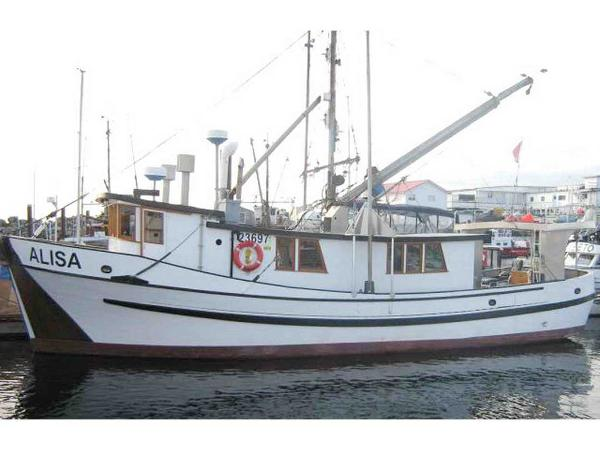 Trawler Frostad Live-Aboard Charter