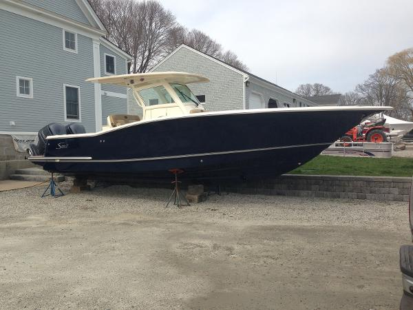 Scout Boats 320 LXF 32 LXF Scout Luxury Sportfish