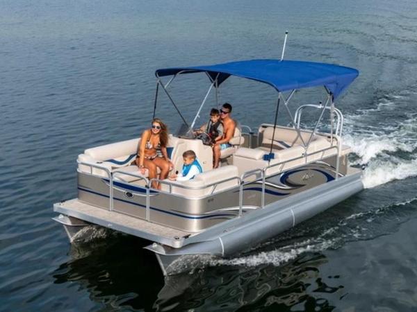 Apex Marine 820 Lanai Sport Cruise