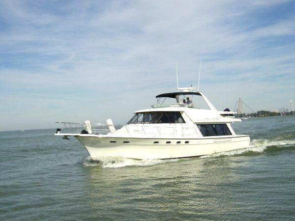 Bayliner 4788 Pilot House Motoryacht 1999 Bayliner 4788 PilotHouse MY - Cruising