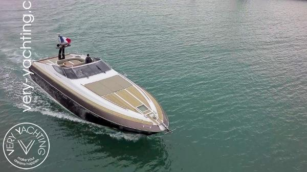 Riva 54 Aquarius Riva 54 Aquarius en vente sur le site de Very Yachting