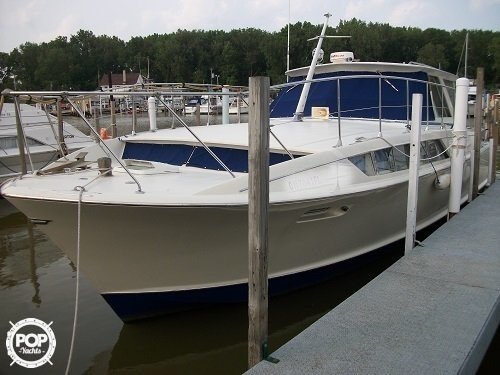 Chris-Craft Commander Sedan 38 1970 Chris-Craft Commander Sedan 38 for sale in Au Gres, MI