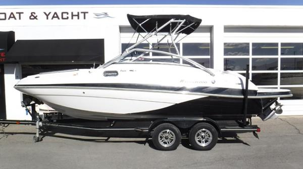 Four Winns F224 Bowrider