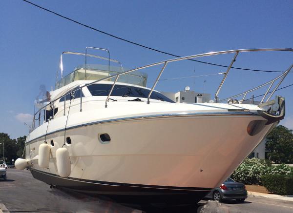 Ferretti Yachts 430 Flybridge Ferretti 430 for sale in Greece