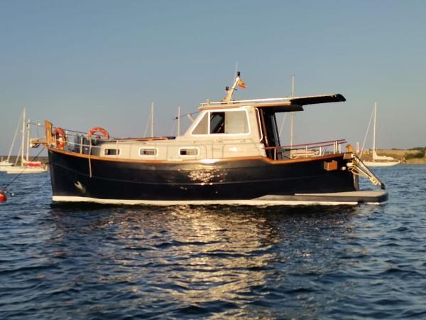 Menorquin Yacht 110