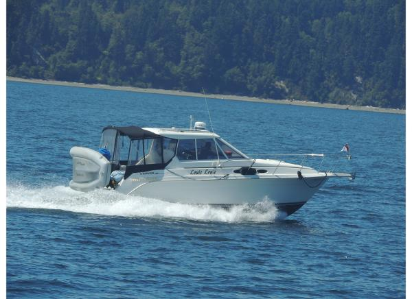 Carver 28 Mid Cabin with Hardtop