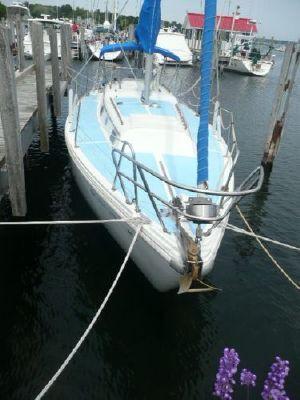 Columbia 36 Bow
