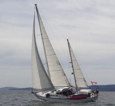Spencer 53 Center Cockpit Ketch Shadow Catcher under sail