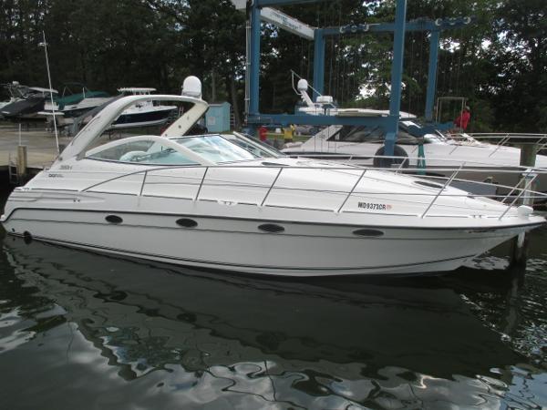 Doral 360 Se Starboard Bow