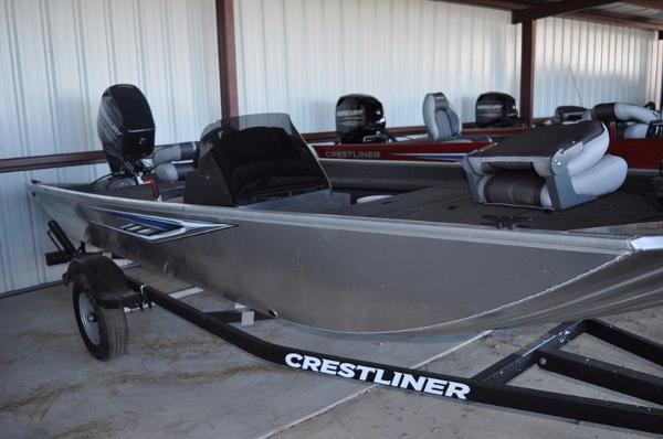 Crestliner Storm 1700