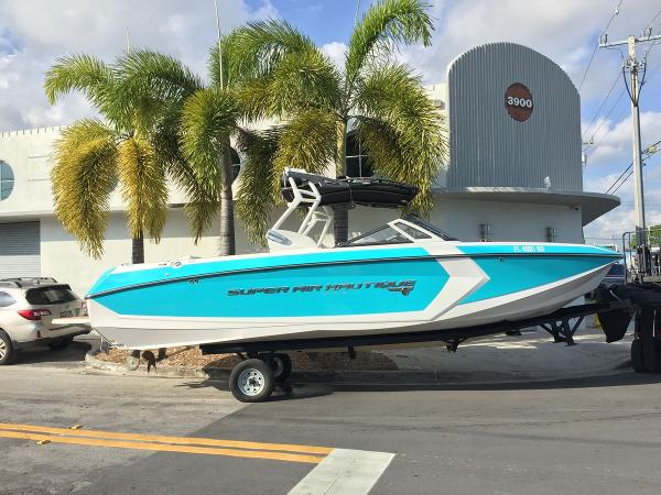 Nautique Super Air Nautique G25 Coastal Edition