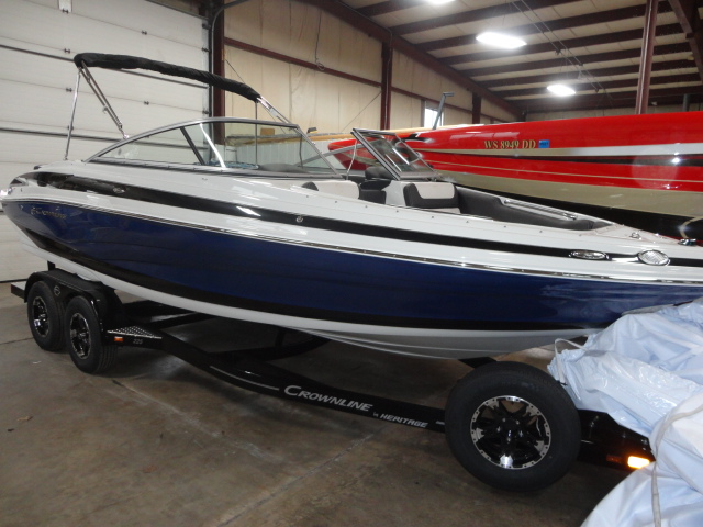 Crownline 225SS