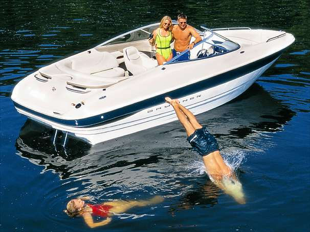 Bayliner 2350 Capri Sport DX/LX Manufacturer Provided Image