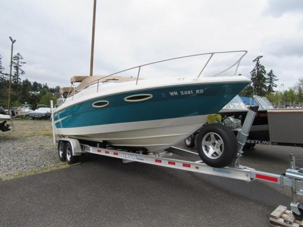 Sea Ray 240 Overnighter