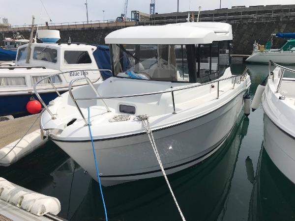 Jeanneau Merry Fisher 695 Marlin Jeanneau Merry Fisher 695 Marlin