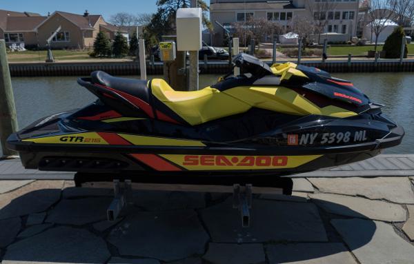 Sea-Doo GTR 215
