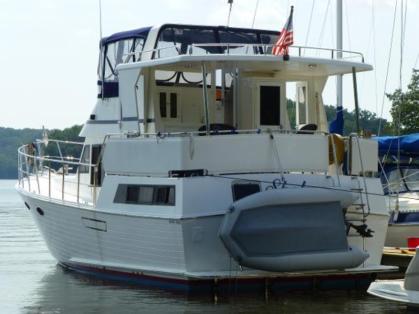 Marine Trading 38 Sundeck